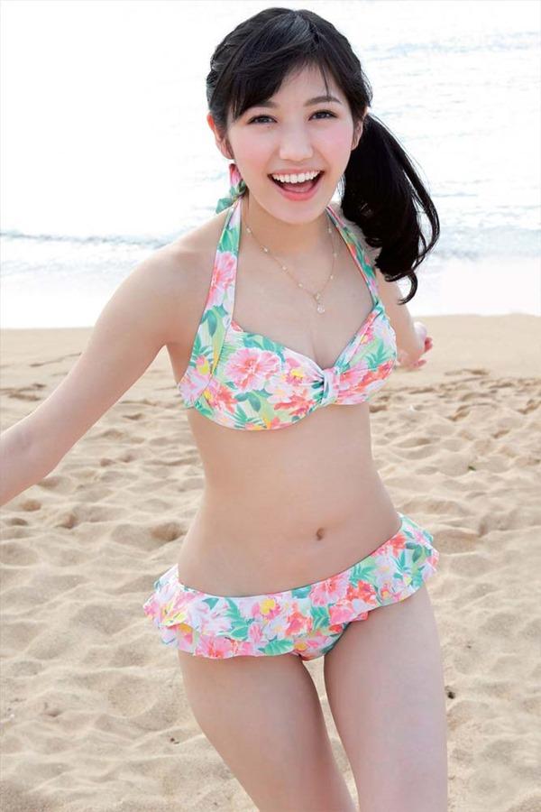 AKB48渡辺麻友ムチムチ太ももハミ尻5
