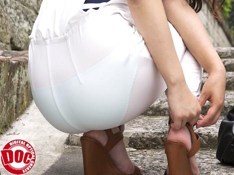 下着が透けている女性のお尻に興奮してしまい、後をつけてみると… 5 橋本怜奈