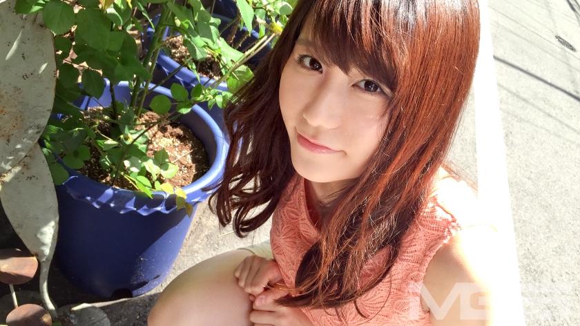 清楚なふりしてGカップ巨乳でドエロ!!有村◯純似の激カワ美少女!