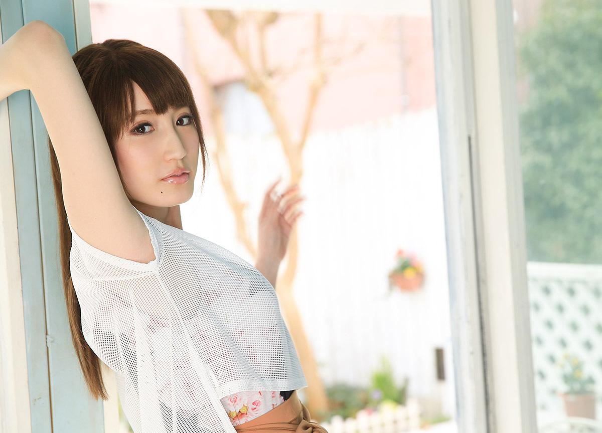 【No.29104】 綺麗なお姉さん / 愛沢かりん