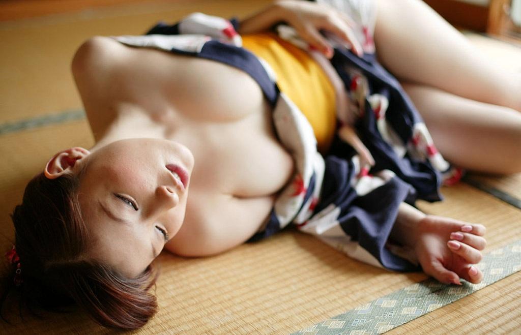 【No.4433】 ハダけた浴衣 / 桜朱音