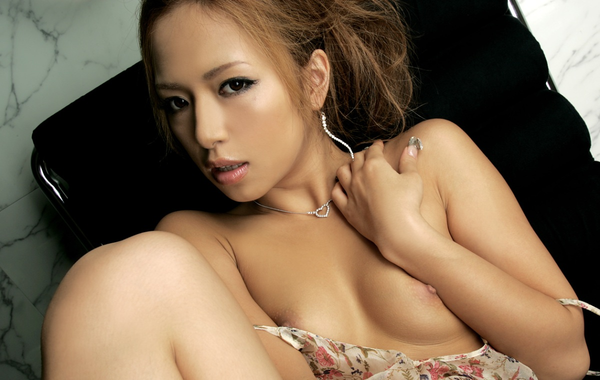 【No.5596】 Nude / 倖田梨紗
