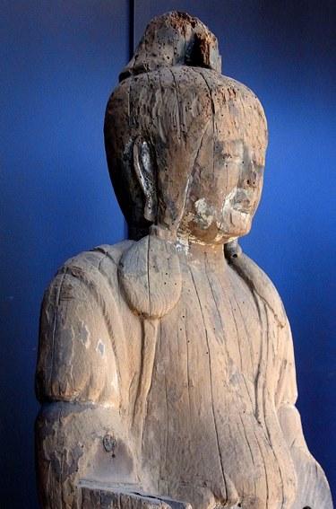 六所神社・女神像