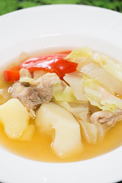 ジャガイモのコンソメスープ