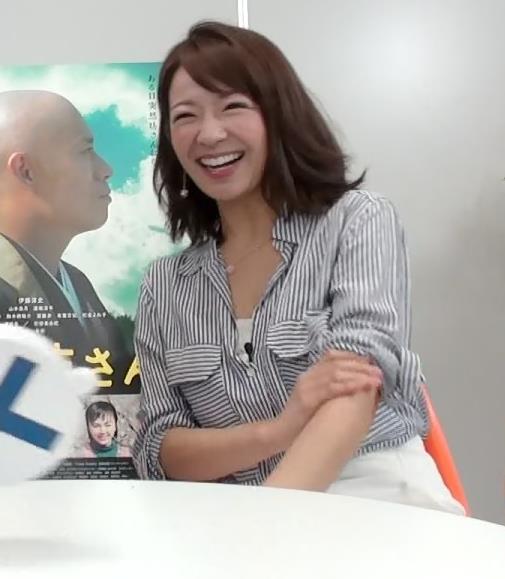 長野美郷 ミニスカートキャプ・エロ画像5