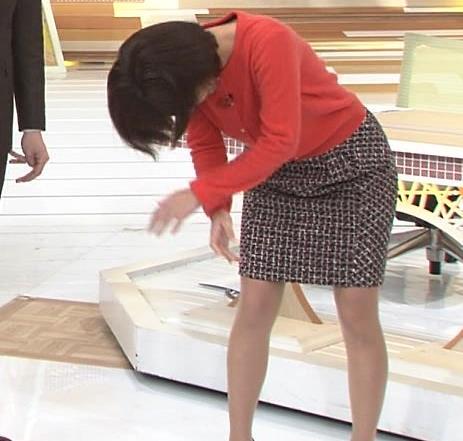宇賀なつみ 体操でスカートぱっつんがエロいキャプ画像(エロ・アイコラ画像)