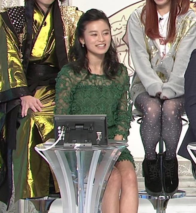 小島瑠璃子 透け透け衣装&ミニスカ生足キャプ画像(エロ・アイコラ画像)