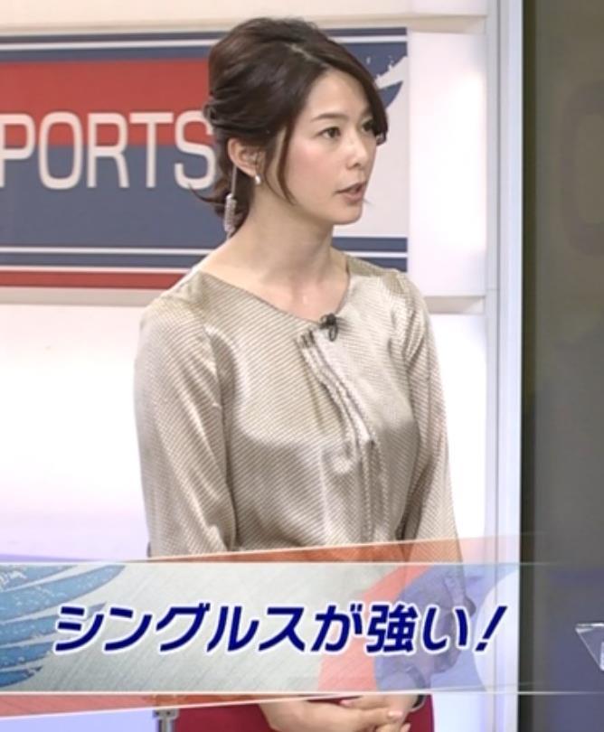 杉浦友紀 横乳画像2