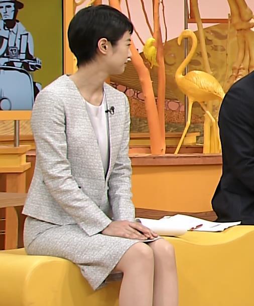 夏目三久 ミニスカ美脚キャプ画像(エロ・アイコラ画像)