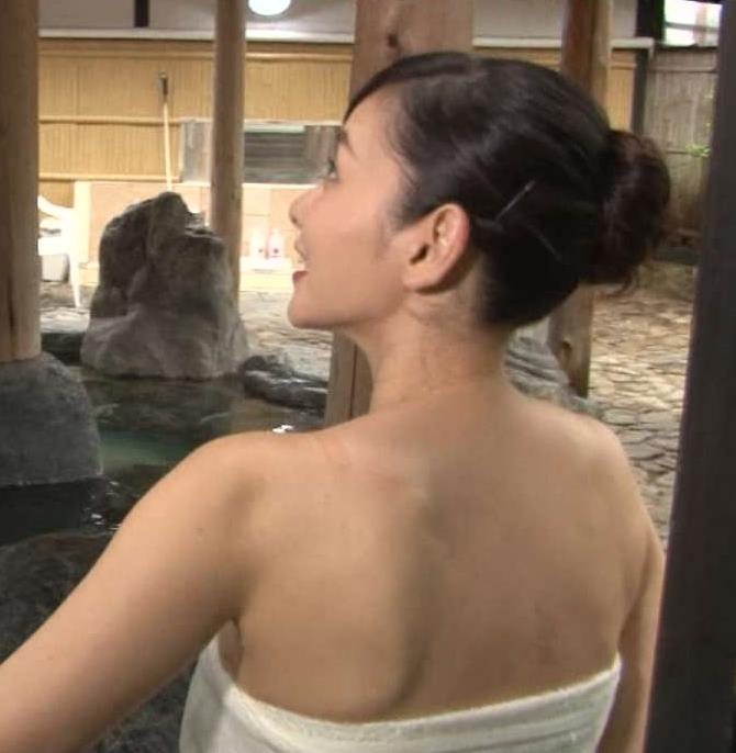 杉原杏璃 BSの番組でタオル1枚で入浴していたキャプ画像(エロ・アイコラ画像)