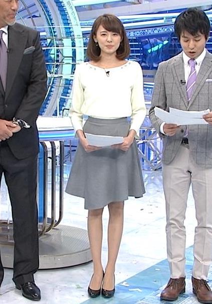 宮澤智 ミニスカート画像3