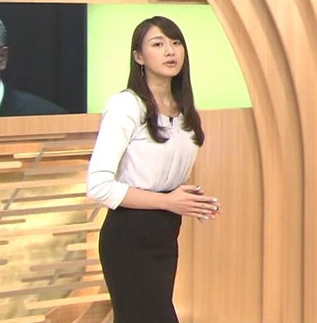 大島由香里 横乳・タイトスカート「みんなのニュース」キャプ画像(エロ・アイコラ画像)