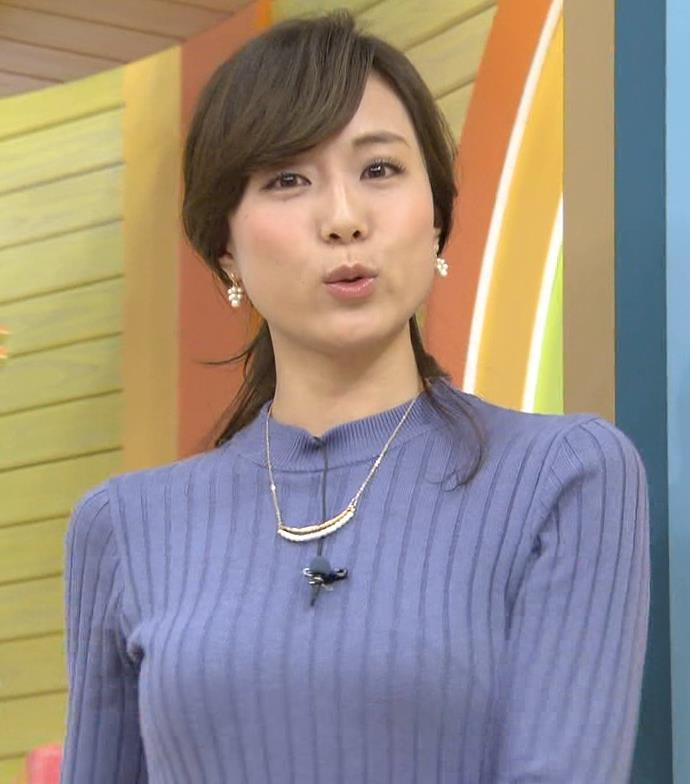 笹川友里 ニットおっぱい&タイトスカート