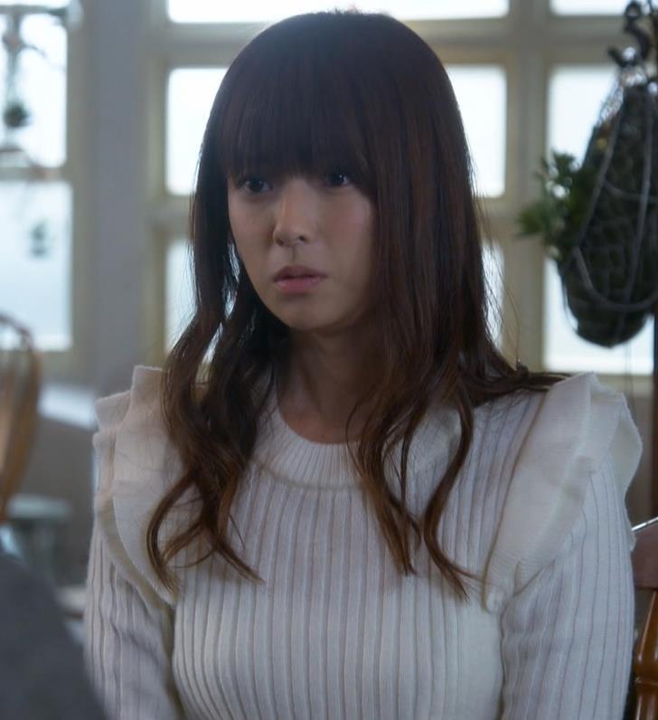 深田恭子 巨乳ニットおっぱいキャプ画像(エロ・アイコラ画像)