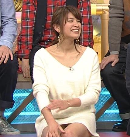 久松郁実 ミニスカのデルタゾーン、パンチラ?キャプ画像(エロ・アイコラ画像)