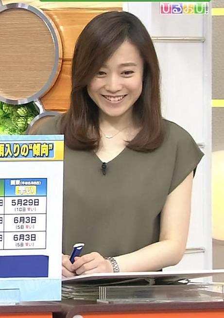 江藤愛 白い肌キャプ画像(エロ・アイコラ画像)