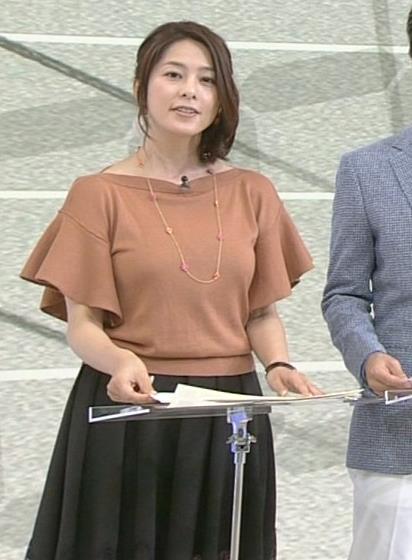 杉浦友紀 巨乳画像4