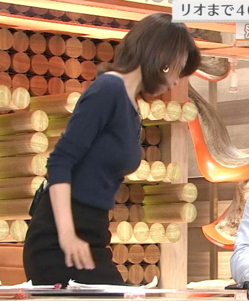 加藤綾子 柔らかそうなニットおっぱい&横乳