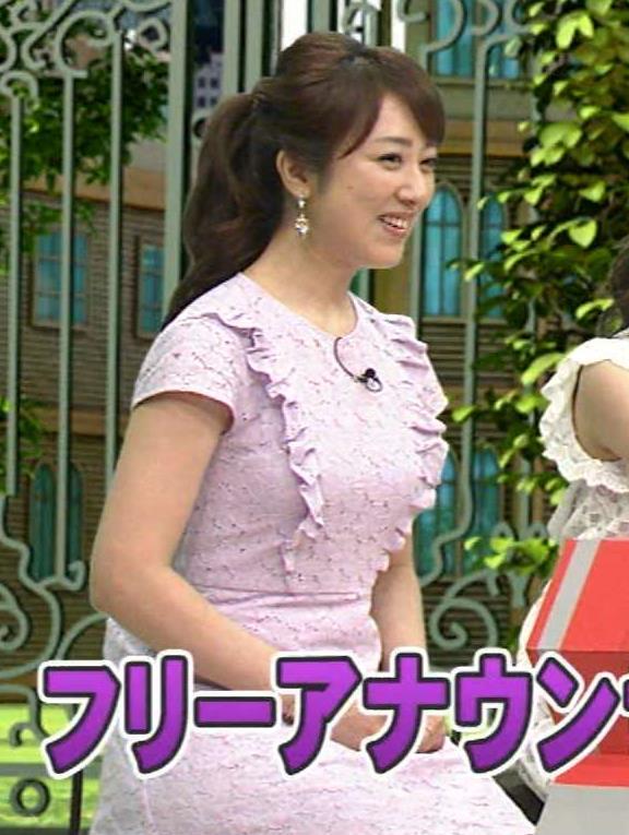 川田由美 おっぱいで服がパンパン