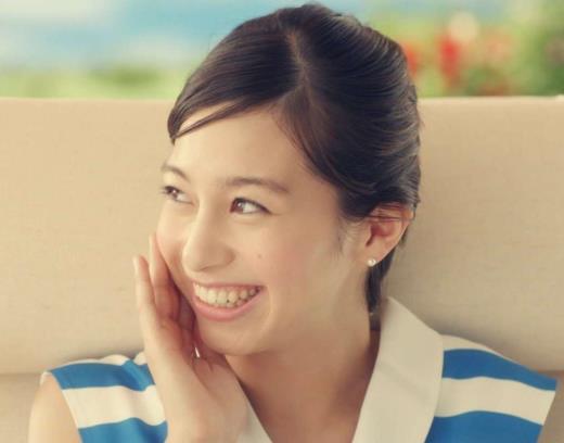中条あやみ ドコモ dポイントCMのかわいい女優キャプ画像(エロ・アイコラ画像)