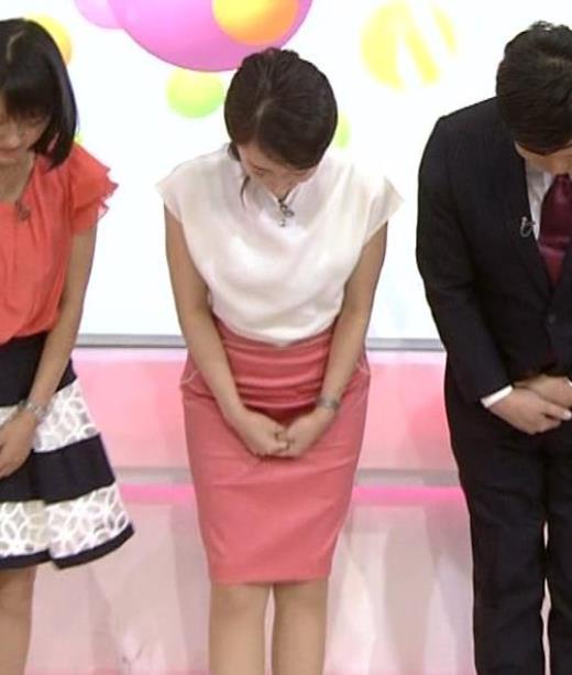 和久田麻由子 NHKアナのタイトスカートキャプ画像(エロ・アイコラ画像)