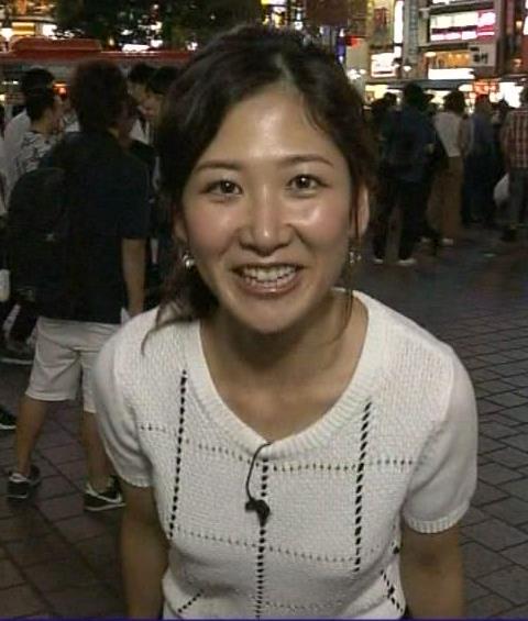 桑子真帆 Tシャツでおっぱい強調しながらポケモンGOキャプ画像(エロ・アイコラ画像)
