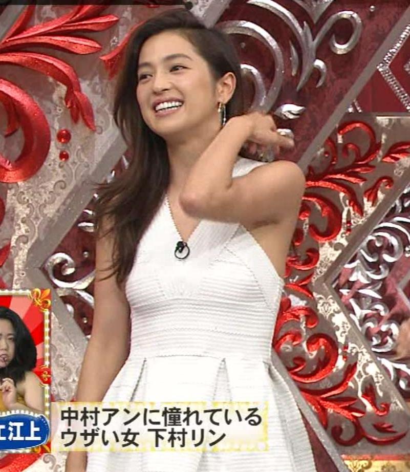 中村アン 衣装がタイトでおっぱいがエロいキャプ画像(エロ・アイコラ画像)