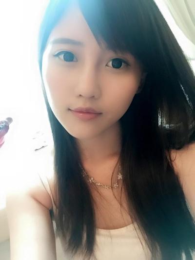 台湾美少女栄養士 Remin-高敏敏 自分撮り画像 4