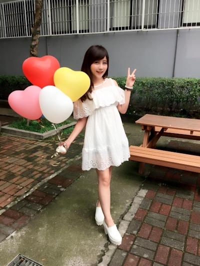 台湾美少女栄養士 Remin-高敏敏 自分撮り画像 13