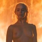 イギリス女優 Emilia Clarke(エミリア・クラーク) 「Game of Thrones S06E04」のヌードシーン